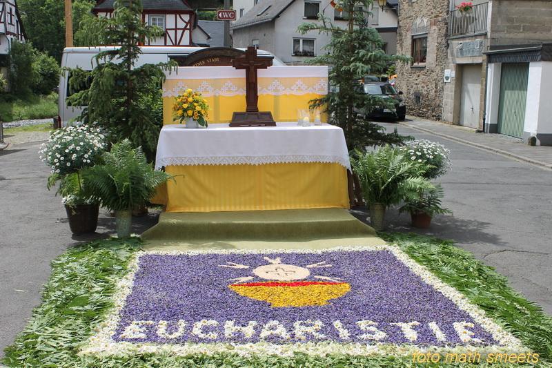 sacramentsprocessie (1)