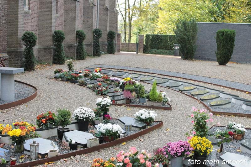 urnenveld bij Martinus kerk Stein