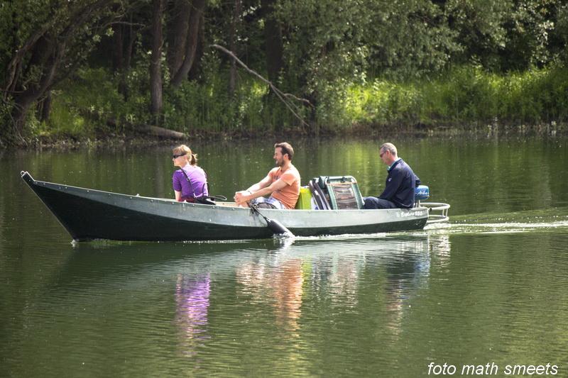 lekker met de fluisterboot over de plassen